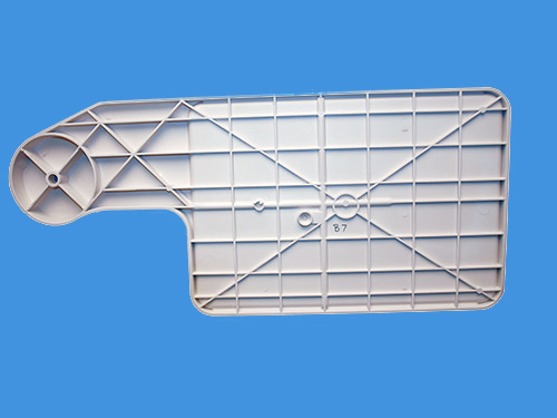 injection molding large medical trays